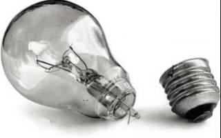 Как выкрутить лопнувшую лампочку из патрона: три способа