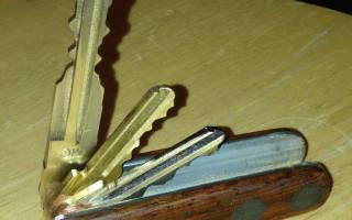 Делаем органайзер для ключей в виде раскладного ножа