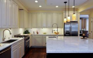 Как выбрать освещение для кухни: основные правила