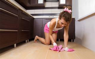Несколько способов: как отмыть пол после ремонта