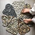 Поделки из камней и морской гальки (40 фото)
