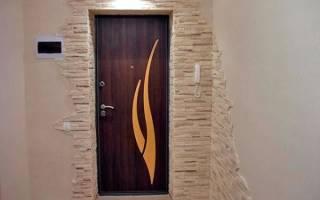 Заделываем откосы входной двери