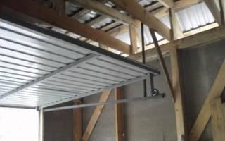 Подъемные ворота: конструкция и самостоятельное изготовление