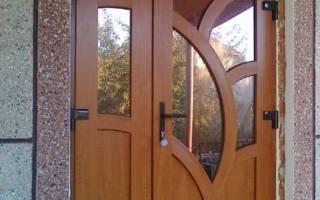 Входные пластиковые двери: мощные безопасные двери из пластика и металлопластика