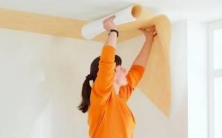 Как правильно клеить на потолок флизелиновые обои