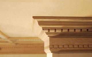 Выбор и установка потолочного плинтуса из дерева