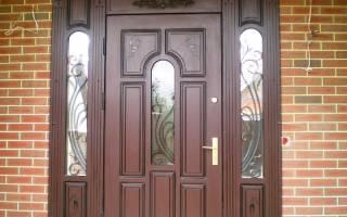 Отделка входной двери